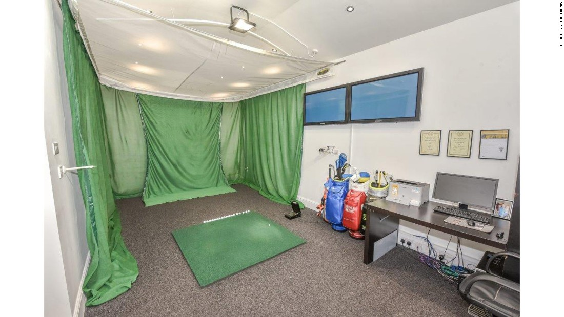 Even in rainy weather, McIlroy could step into the garage and work on his long game with an electronic swing studio.
