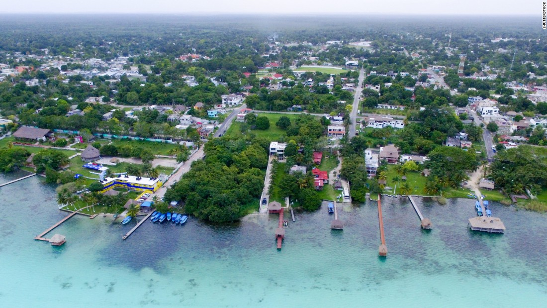<strong>Bacalar, Quintana Roo:</strong> Surrounded by lush mangroves and with areas of the lake so vast you can't see where it ends, Bacalar boasts the most spectacular views.