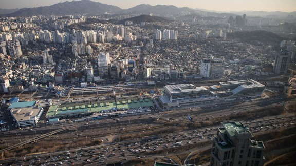 16. Seoul: Tourism is predicted to decrease by 14.9% in South Korea