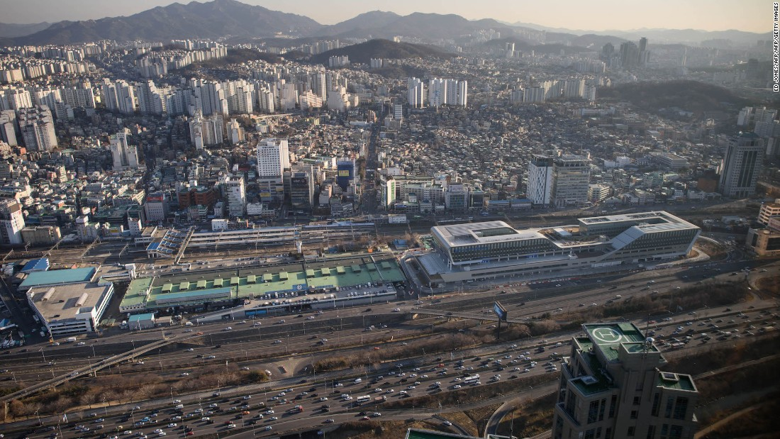 <strong>16. Seoul:</strong> Tourism is predicted to decrease by 14.9% in South Korea's capital -- Euromonitor indicates it will receive 7.66 million visitors in 2017 despite nine million traveling there in 2016.
