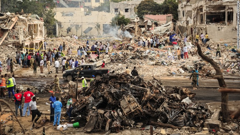 Hundreds dead in Mogadishu bombings