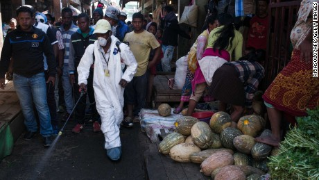 Madagascar plague outbreak has killed 133, may be slowing down