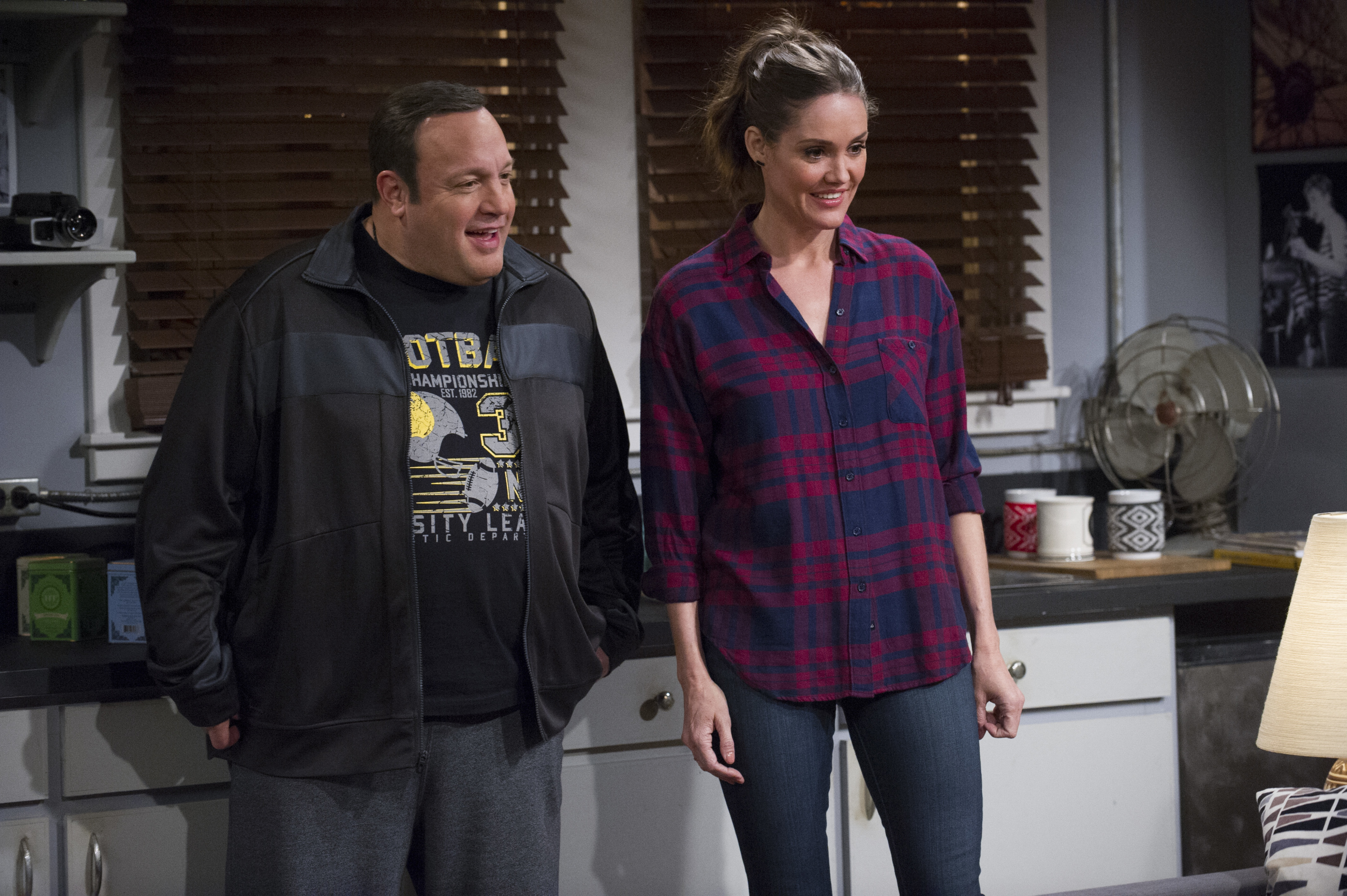 Kevin James Explains Tv Wife S Onscreen Death Eric andre hosts the most chaotic, unorthodox and surreal comedy chat show around. kevin james explains tv wife s onscreen