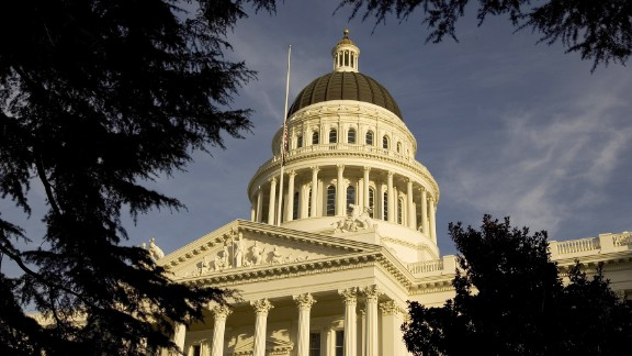 SACRAMENTO, CA -  JANUARY 5:  An exterior of the state capitol is shown on January 5, 2006 in Sacramento, California. California Governor Arnold Schwarzenegger delivered his state of the state address in the Assembly Chambers of the state capitol today. In his speech, Schwarzenegger admitted to making mistakes with the special election and vowed to work with members of the Assembly and Senate and try to move California ahead in the year to come.  (Photo by David Paul Morris/Getty Images)