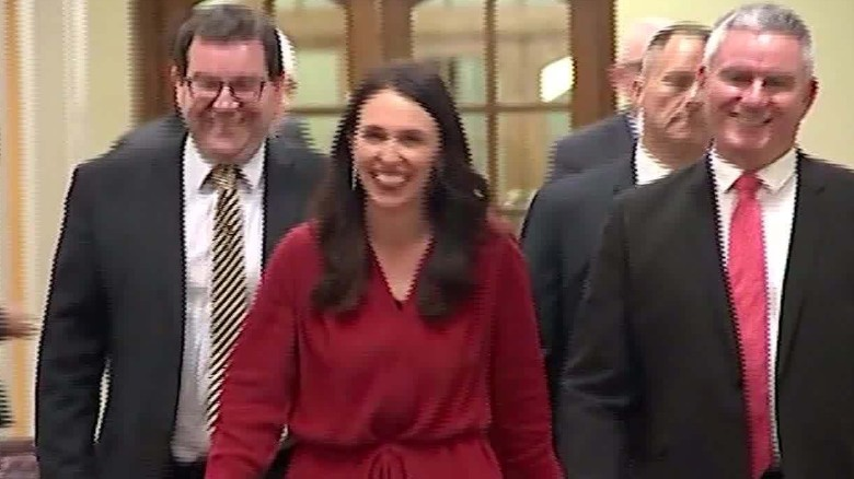 nz new pm vanier pkg_00001823