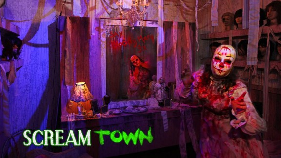 """Scream Town (Chaska, Minnesota): After you've """"gone to yell and back"""" at Screamtown, you can soothe yourself and your sore throat in nearby Minneapolis."""