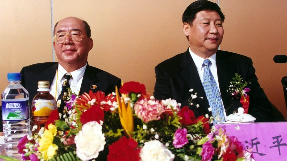 Xi meets with Wu Poh-hsiung, vice president of the opposition party Kuomintang, in 2000. From 1996-2002, Xi held various posts in China