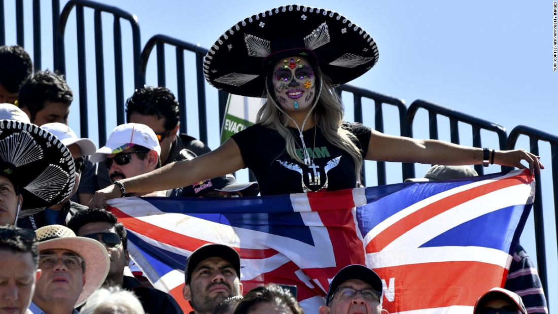 A Lewis Hamilton fan enjoys the atmosphere at the 2016 Mexican Grand Prix.