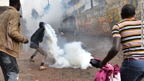 Kenya police, protesters clash on election day