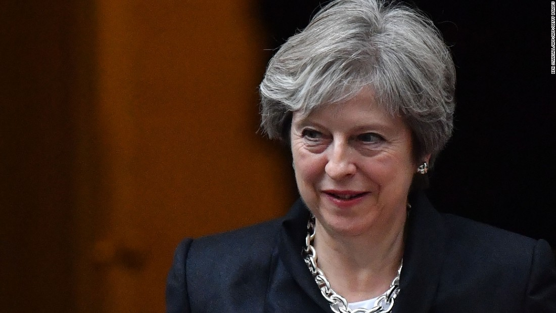 UK government loses key Brexit vote