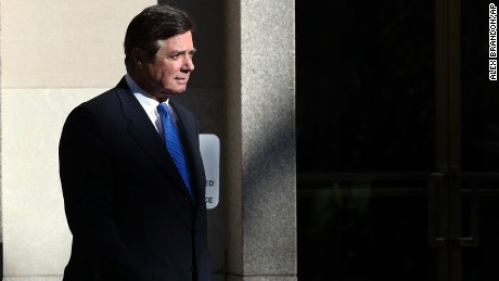 Manafort, Gates remain under house arrest