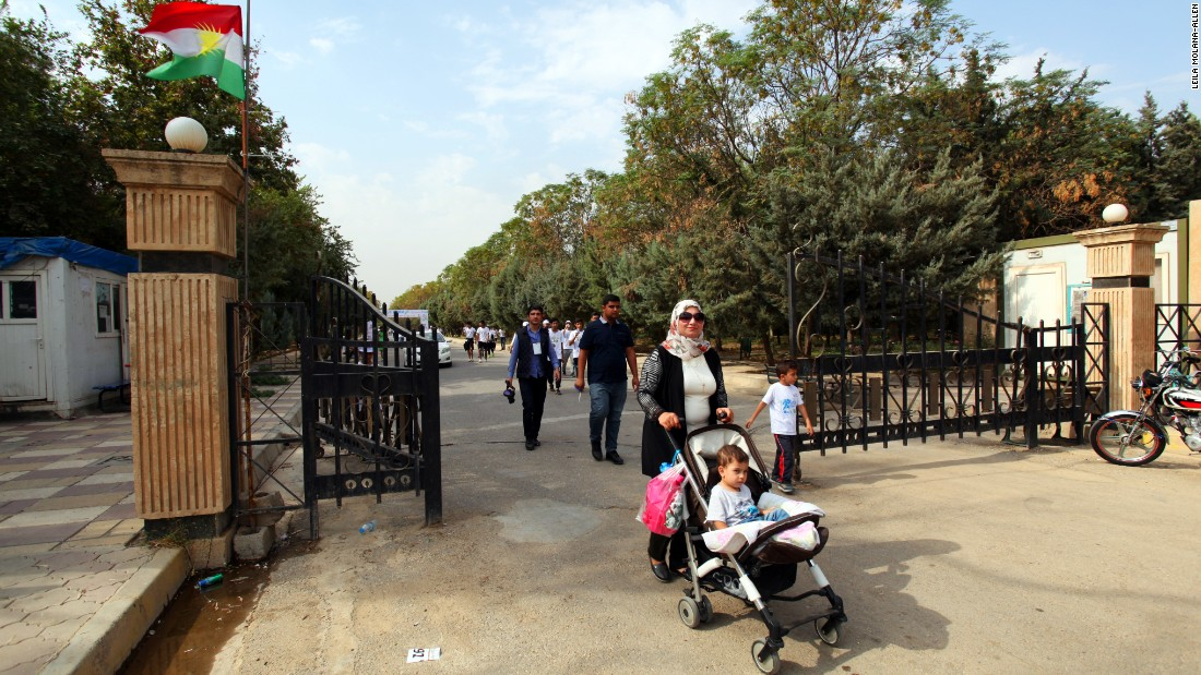 Supporters and runners enjoyed and rested at the Sami Abdulrahman Park after the race.