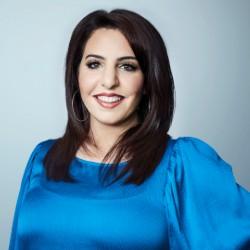 Deena Zaru