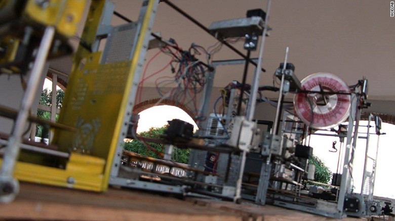 Kodjo Afate Gnikou's 3D printer was the first one in Africa made from e-waste.