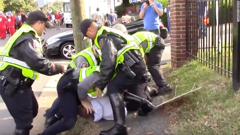 Watch journalist violently arrested while covering GOP nominee