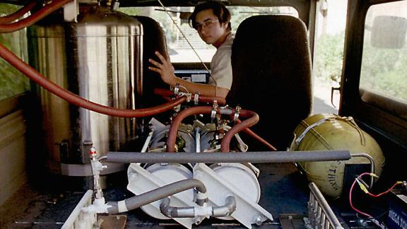 This liquid nitrogen-powered vehicle has an insulated tank to hold the liquid nitrogen and two fans at the rear of the vehicle that draw air through heat exchangers. Once the high-pressure nitrogen reaches room temperature it drives a piston engine in the front of the vehicle.   It was built at the Department of Aeronautics and Astronautics at the University of Washington in 1997.