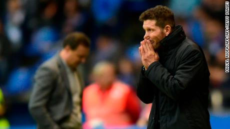 Atletico Madrid's Argentinian coach Diego Simeone reacts during the Spanish league football match Deportivo Coruna vs Atletico Madrid at the Riazor stadium in La Coruna on November 4, 2017. / AFP PHOTO / MIGUEL RIOPA        (Photo credit should read MIGUEL RIOPA/AFP/Getty Images)