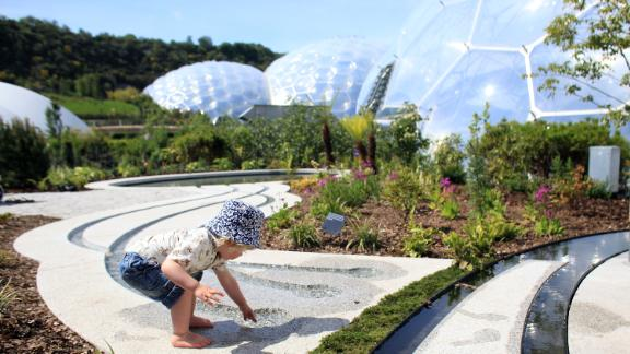 The site covers over 13 hectares and has two massive transparent dome enclaves, known as biomes.