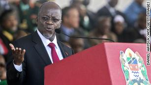 Tanzanian govt demands $930 fee from bloggers in internet clampdown