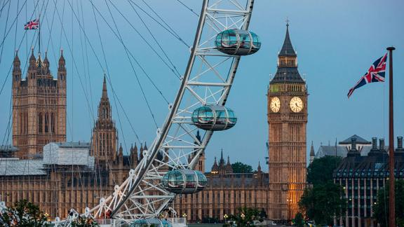 3. London: The UK capital was the most popular European city with tourists and had a predicted tourism growth of 3.4%.  Its international appeal has proved resilient despite the domestic turmoil resulting from Brexit.