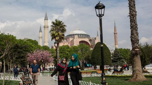 15. Istanbul: Fewer and fewer tourists are visiting this Turkish city, which has been the target of many terrorist attacks, and numbers are forecast to decline by 5.8% in 2017.