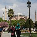 istanbul-tourists---getty