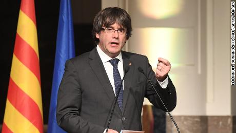 "Catalonia's sacked leader Carles Puigdemont delivers a speech during a meeting with Catalan mayors in Brussels on November 7, 2017. Around 200 pro-independence Catalan mayors flew to Brussels on November 7 and held a protest demanding the release of their region's ""political prisoners"". Puigdemont claimed on November 7, 2017, that he fled to Belgium because Spain was preparing a ""wave of oppression and violence"" against his separatist movement.  / AFP PHOTO / Emmanuel DUNANDEMMANUEL DUNAND/AFP/Getty Images"