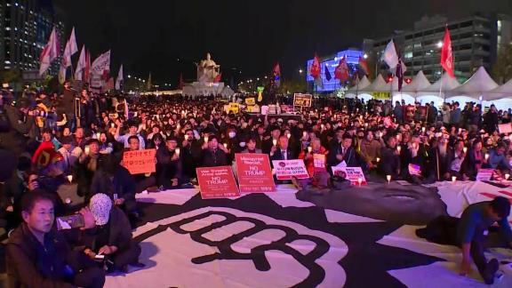 south korea trump protests trip hancocks lklv_00002220.jpg