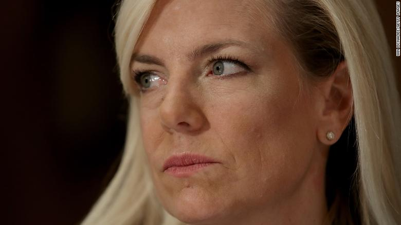 Protesters shout 'shame' at Kirstjen Nielsen as she dines at Mexican restaurant