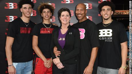 CHINO, CA - SEPTEMBER 02:  (L-R) Lonzo Ball, LaMelo Ball, Tina Ball, LaVar Ball and LiAngelo Ball attend Melo Ball's 16th Birthday on September 2, 2017 in Chino, California.  (Photo by Joshua Blanchard/Getty Images for Crosswalk Productions )