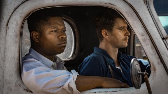 Jason Mitchell, Garrett Hedlund in 'Mudbound'