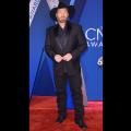 04 cma red carpet