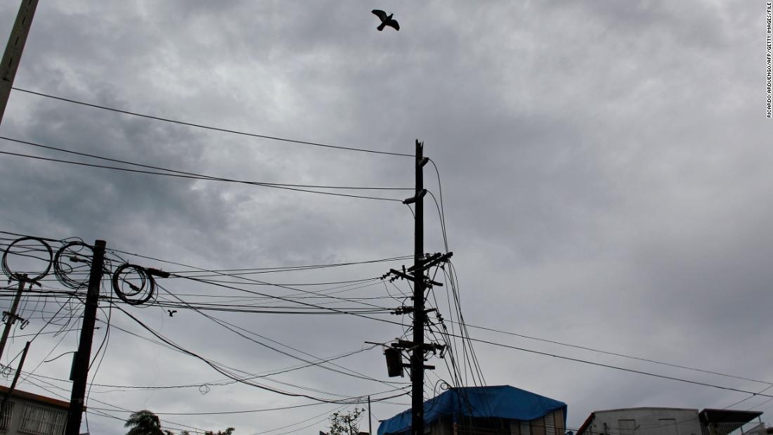 Explosion cuts power in Puerto Rico
