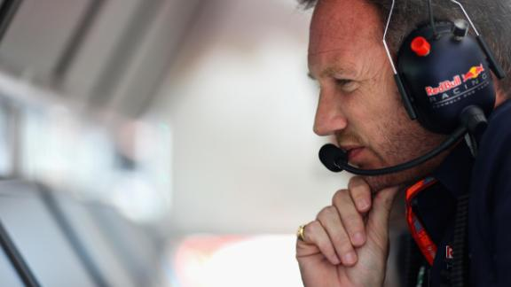 MEXICO CITY, MEXICO - OCTOBER 28:  Red Bull Racing Team Principal Christian Horner looks on from the pit wall during qualifying for the Formula One Grand Prix of Mexico at Autodromo Hermanos Rodriguez on October 28, 2017 in Mexico City, Mexico.  (Photo by Mark Thompson/Getty Images)