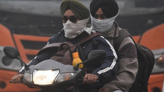 A report by the Indian Institute of Technology Kanpur carried out in 2014 found that vehicle omissions accounted for 20% of Delhi's annual PM2.5 levels.