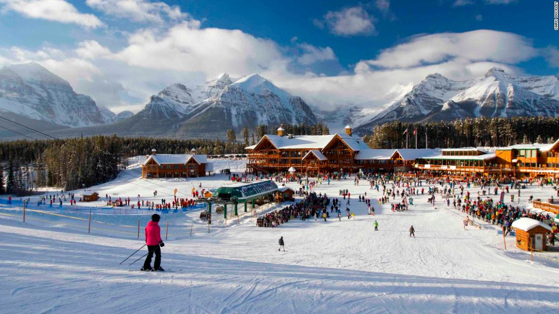 The base area, 15 minutes above Lake Louise village, features two lodges with a range of food and beverage options. The Grizzly Express gondola and Glacier Express chairlift whisk skiers and boarders up the mountain.