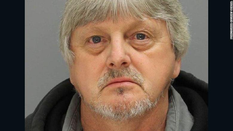 Man arrested in 34-year-old cold case