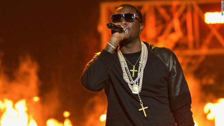 Lawyers: Judge wanted favors from Meek Mill