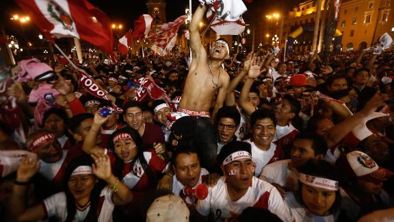 Such were the magnitude of the celebrations in Lima when Jefferson Farfan put Peru 1-0 up, an earthquake detector in the city was activated at the exact moment of the goal.