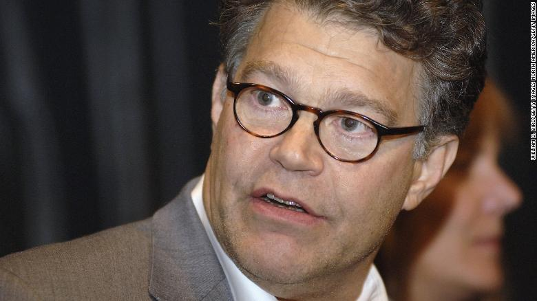 Franken apologizes after groping allegation