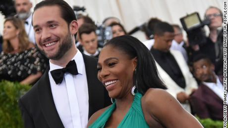 "NEW YORK, NY - MAY 01:  Alexis Ohanian and Serena Williams attend the ""Rei Kawakubo/Comme des Garcons: Art Of The In-Between"" Costume Institute Gala at Metropolitan Museum of Art on May 1, 2017 in New York City.  (Photo by Mike Coppola/Getty Images for People.com)"