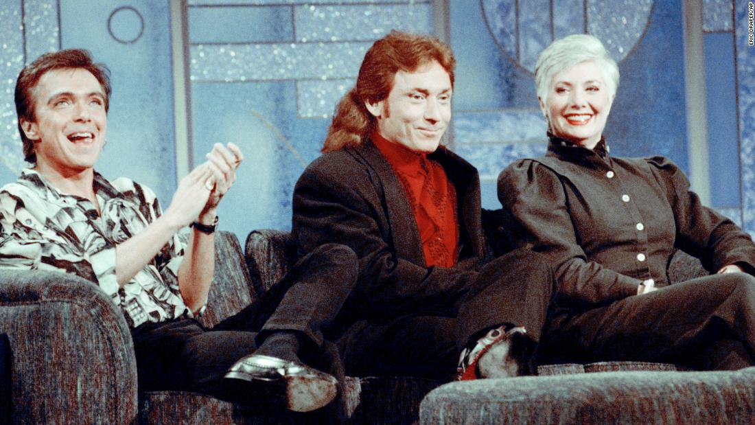 "Former Partridge Family cast members David Cassidy, left, Danny Bonaduce and Shirley Jones reunite on the ""The Arsenio Hall Show"" in July 1993. It was the first time the three had appeared together since the popular 1970s series left the air. Cassidy performed ""I Think I Love You"" during the taping."