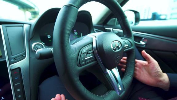 Driving hands-free on Tokyo's highways On Japan _00000808.jpg