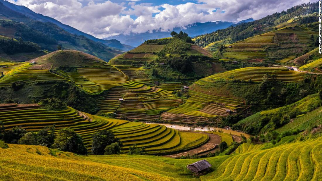 <strong>Mù Cang Chải, Vietnam:</strong> The landscape of Mù Cang Chải is spectacularly shaped by its terraced rice fields. The raised steps enable even distribution of water.