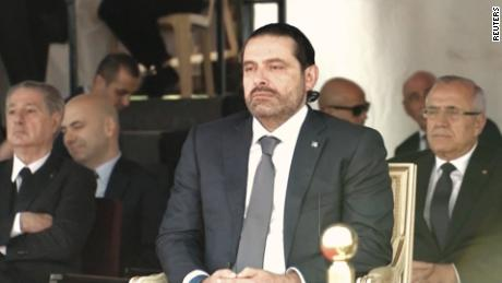 Lebanon PM Hariri puts resignation on hold