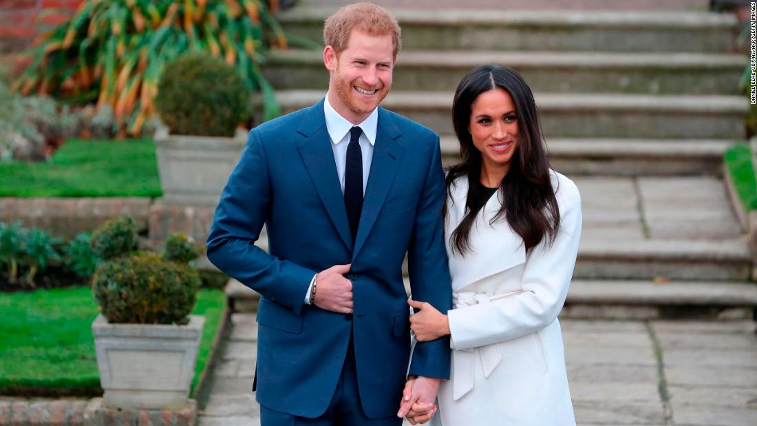 Prince Harry and Meghan Markle make first appearance after engagement – Trending Stuff
