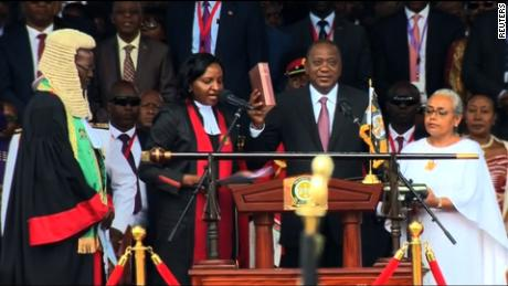 Kenyan leader Kenyatta sworn in amid violent protests