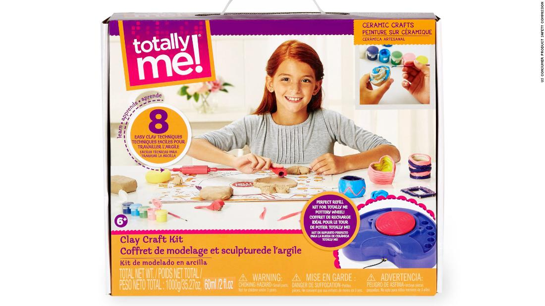 Toys R Us Crafts : Toys r us recalls clay craft kits over mold risk cnn
