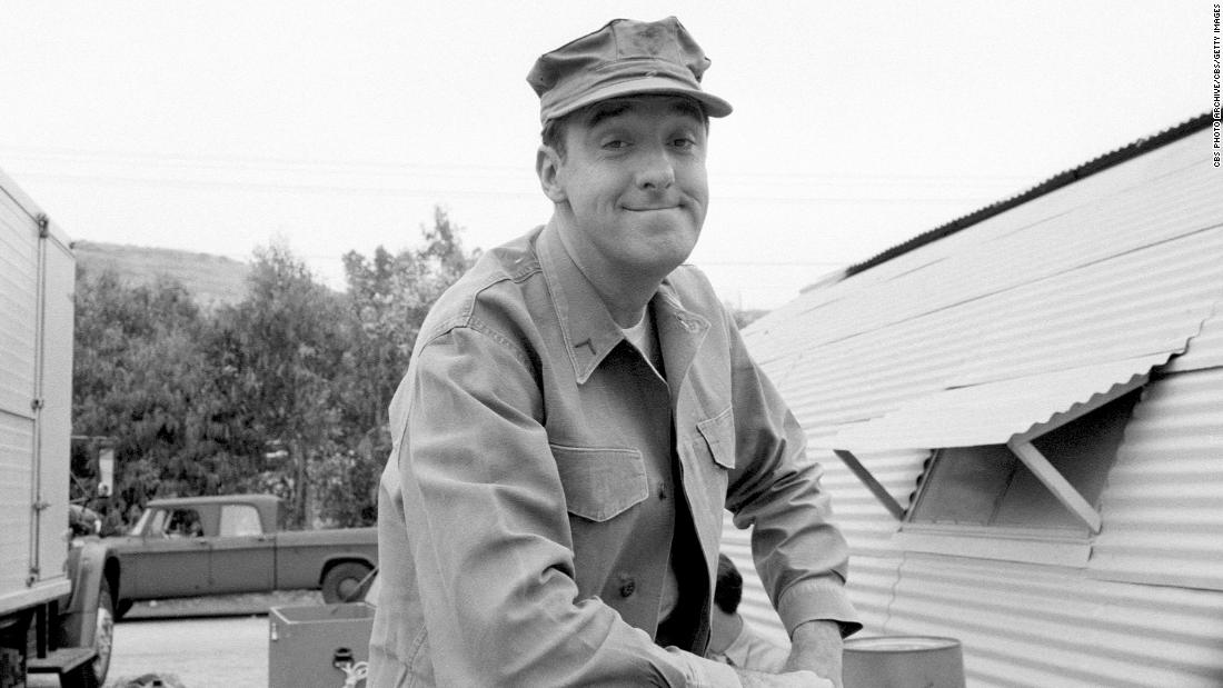 "<a href=""http://www.cnn.com/2017/11/30/entertainment/jim-nabors-dead/index.html"" target=""_blank"">Jim Nabors</a>, a singer and actor best known for his role as Gomer Pyle on ""The Andy Griffith Show,"" died November 30, according to family friend and CNN affiliate KHNL-KGMB producer Phil Arnone.<br />Nabors was 87. His popular character was the center of a spinoff series, ""Gomer Pyle, U.S.M.C.,"" which ran for five seasons."