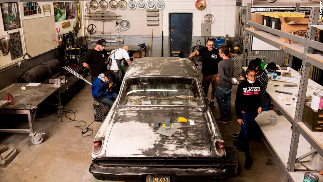 The Lost Angels kids take a classic vehicle in rough shape and overhaul the whole thing with Valencia's guidance, learning the ins and outs of auto repair along the way.